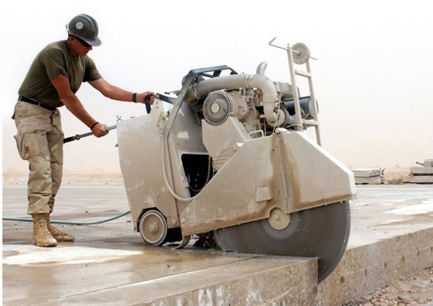 Alquiler de cortadora de pavimento