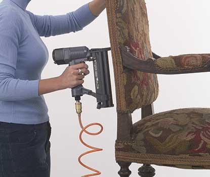 Pistola clavadora a gas